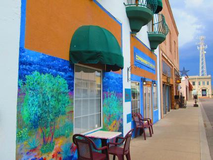Picturesque Mine Café Photo Courtesy Globe-Miami Chamber of Commerce